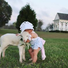 Big hug to these cutest little lamb and baby girl ever! Love love oh so lovely! Tag your dearly beloved to wish them a great day! Image via by weddingdream Animals For Kids, Cute Baby Animals, Animals And Pets, Cute Baby Pictures, Animal Pictures, Country Baby Pictures, Image Emotion, Cute Kids, Cute Babies