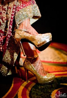 We have some amazing Indian bridal shoes and styles for you to see! Red Wedding Shoes, Wedding Wear, Desi Wedding, Wedding Heels, Wedding Outfits, Gown Wedding, Wedding Dresses, Fashion Heels, Fashion Boots