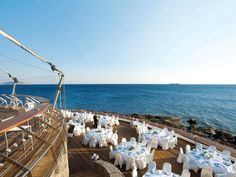 Moved by the sway of romantic music, your steps will lead you to the famous #Veghera, perfect venue for the #wedding secluded on the southern water's edge of the peninsula.
