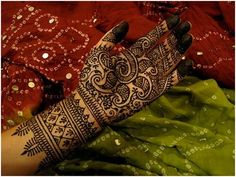Best Gujarati Mehndi Designs - Our Top 10