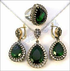 121 tl ücretsiz kargo  46 $ free shipping  Link for item :  http://en.silversez.com/urun/219-925-ayar-gumus-hurrem-sultan-set-zumrut-yesil-sterling-silver-hurrem-emerald-color-turkish-ottoman-handmade-.html