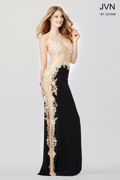 You can never have too much lace! #JVN 33488