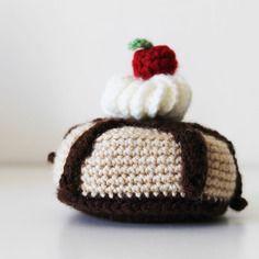 Amigurumi, gâteaux au crochet muffin cerise