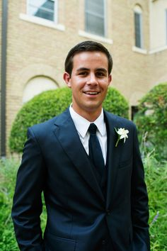 White boutonniere, black suit, groom attire,  Pearl Events Austin, Kristi Wright Photography, Bouquets of Austin