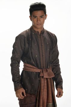 Traditional Thai Clothing, Asian, Stars, Clothes, Outfits, Clothing, Kleding, Sterne, Outfit Posts