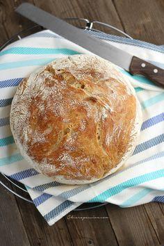 Pane senza impasto o no knead bread – Chiarapassion No Knead Bread, Pan Bread, Paleo Recipes, Cooking Recipes, Antipasto, Italian Recipes, Food Inspiration, Bakery, Food And Drink