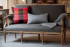 Snuggle Up - D. Bryant Archie Textiles
