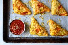 Cheesy Chicken Pizza Pockets Recipe on justataste.com