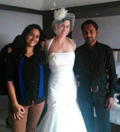Senior Stylist Zafar and therapist Richa did the #Makeup and #hairdo of Western #bride.