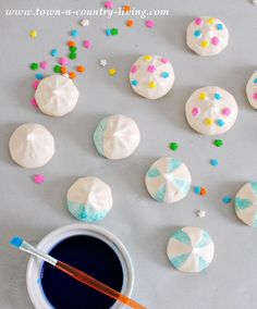 """How to Make French Meringues and """"paint"""" them with food coloring"""