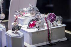 Diamond is the woman best friends, isn't it?! Claudia Oddi collection. www.claudiaoddi.com Follow us!