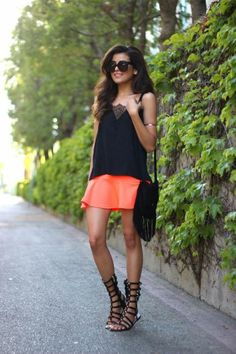 Summer style: Κρατήστε την τσάντα σας στο πλάι   Jenny.gr