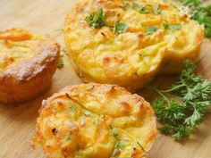Nutrisystem provides a quick video tutorial explaining how to make delicious Loaded Omelet Muffins. Vegetable Recipes, Vegetarian Recipes, Cooking Recipes, Healthy Recipes, Zoodle Recipes, Meal Recipes, Dinner Recipes, Copycat Recipes, Muffin Recipes