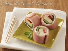 Here is a delicious low carb recipe that both adults and kids will love these holidays. Combining a lower sodium option of Sara Lee Deli honey ham with tasty cream cheese, the recipe is complimented with basil, cucumber and a red pepper for a tasty pinwheel to serve to guests at parties or even on-the-go during the busy season.