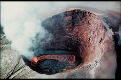 Lahar panas adalah lahar yang berasal dari letusan gunung berapi yang memiliki danau kawah (kaldera)