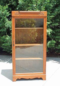 Wonderful Oak & Tiger Oak Victorian one Door Bookcase Display China Cabinet wKey #Victorian