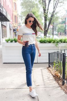 Three Inspired Trends that are Actually Wearable in Real Life Teen Fashion Outfits, Jean Outfits, Look Fashion, Casual Outfits, Cute Outfits, Jeans Outfit Summer, Denim Outfit, Black Jeans Outfit Casual, Tommy Hilfiger Mujer