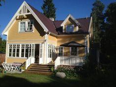 Exklusiva stugor, hus och lägenheter att hyra / uthyres i ... Stockholm Archipelago, Swedish House, Interior And Exterior, Sweden, Sweet Home, House Ideas, Cabin, Mansions, Architecture