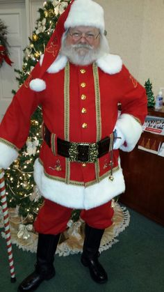Santa_Byrd_Dual_Cola_Traditional_Suit.jpg (600×1067)