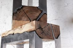 Möbel Edelstahl Baumstamm rustikaler Look