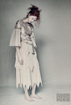 Natalie Westling by Paolo Roversi for Vogue Italia March 2016 - Chanel Spring 2016 Couture Paolo Roversi, Ss16, Colorful Fashion, Trendy Fashion, High Fashion, Fashion Ideas, Editorial Photography, Fashion Photography, Glamour Photography