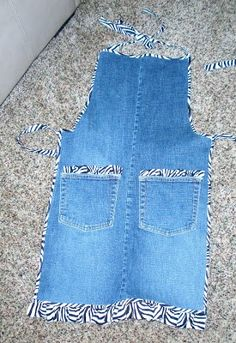 Creative Mommas: Newest Aprons Jean Crafts, Denim Crafts, Jean Apron, Sewing Aprons, Denim Aprons, Denim Ideas, Recycle Jeans, Aprons Vintage, Recycled Denim