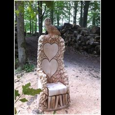 http://www.treesculpting.co.uk/g_owlstorychair.html