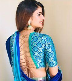 Latest & Trendy Blouse Back Neck Designs - Indian Fashion Ideas Blouse Back Neck Designs, Fancy Blouse Designs, Sari Blouse Designs, Designer Blouse Patterns, Bridal Blouse Designs, Stylish Blouse Design, Indian Designer Outfits, Indian Fashion, Fashion Ideas