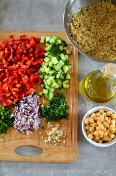 Kitchen Magic, Cobb Salad, Salad Recipes, Good Food, Lunch Box, Food And Drink, Menu, Dinner, Cooking