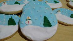 Biscoitos decorados lepier globo de neve #lepier #lepierarteechocolate #biscoitosdecorados #biscoitos #biscoitosdenatal #casadebiscoito #gingerbread #gingerbreadhouse #globodeneve