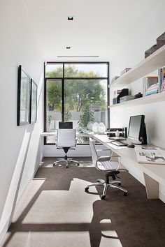 Here are the Modern Office Space Design Ideas. This post about Modern Office Space Design Ideas was posted under the Furniture category by our team at March 2019 at pm. Hope you enjoy it and don't forget to . Office Cabin Design, Small Office Design, House Design, Office Designs, Cabin Office, Office Ideas, Home Office Space, Attic Office, Office Interiors