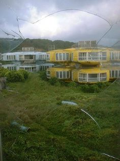 Futuristic decaying houses near Baishawan