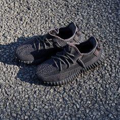 Acheter Adidas Yeezy Boost 700 V2 Remise Kanye West Rétro Wave Runner Grey Boost Hommes Femmes Solide Gris Craie Blanc Core Noir Baskets Taille US5