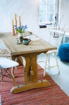 www.storebror.nl >> What a beautiful table!