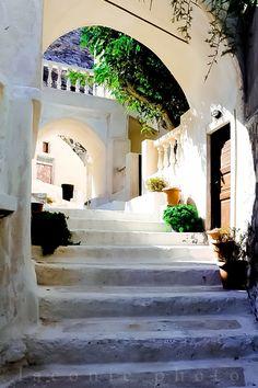 A Hidden Corner of Santorini