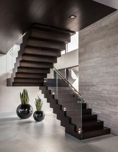 90 most popular modern house stairs design models 30 Stair Railing Design, Home Stairs Design, Home Room Design, Dream Home Design, Modern House Design, Home Interior Design, Luxury Staircase, Modern Staircase, Staircase Lighting Ideas