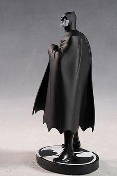 Batman Black and White Darwyn Cooke statue by DC Direct