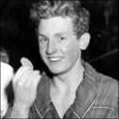 1958 Ian Black - Swimming