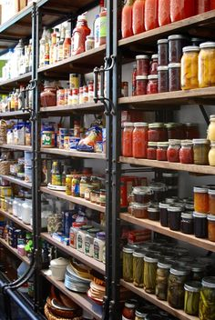 7 Tips to an Organized Pantry