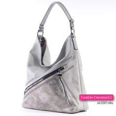 65cbe3c48fcae Szaro - srebrna torebka damska z dużą kieszenią zamykaną ukośnie biegnącym  suwakiem z przodu. Nowość