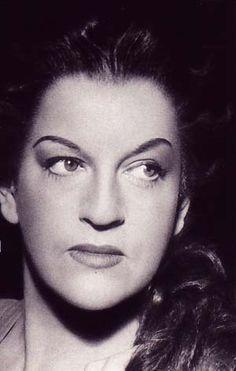 """#4sep2006 fallece en #Munich #Astrid_Varnay, soprano dramática y mezzosoprano de origen sueco, llamada """"la Callas del Norte""""    http://es.wikipedia.org/wiki/Astrid_Varnay"""