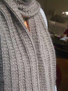 trico bsession  cadeau de noël  5   l écharpe qu elle en jette mais qu elle  est trop facile 668b253738b