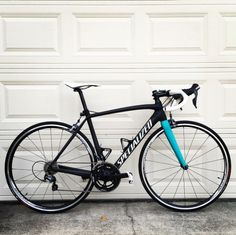 Personalize your ride—whether you have four wheels or two. We're digging the subtle accents on Diphead Mike's bike!