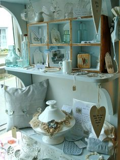Doing the Country Living Fair was such a draining experience I really felt the need to get away for a while, so Mr. and I decided on a. Country Living Fair, Mermaid Tale, Seaside Style, I Love The Beach, I Love Paris, Antique Glass, Spring Time, Favorite Color, Shabby Chic