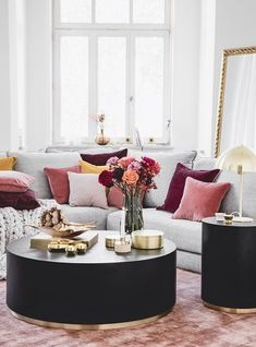 To create our own interior collection has been our dream since the founding of Westwing. Our creative team has collected so many Living Room Trends, Living Room Modern, Rugs In Living Room, Living Room Designs, Living Room Decor, Bedroom Decor, Interior Decorating, Interior Design, Deco Design