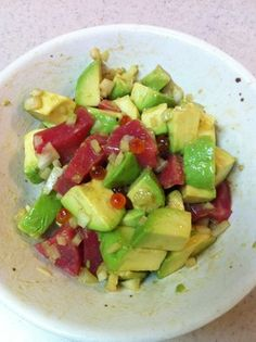アボカドとマグロのイクラの簡単サラダ