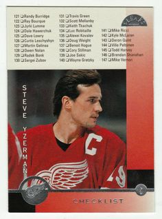 Steve Yzerman # 239 - 1996-97 Leaf Hockey