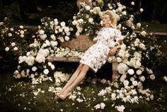 Decadent Florals / Photo booth alternative for a garden wedding. (instagram: the_lane)