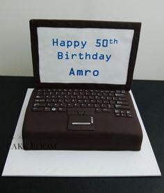 gâteau d'anniversaire pour un informaticien en forme d'ordinateur  - 29/04/2017