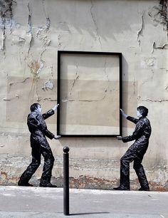 street art in paris by levalet (25)